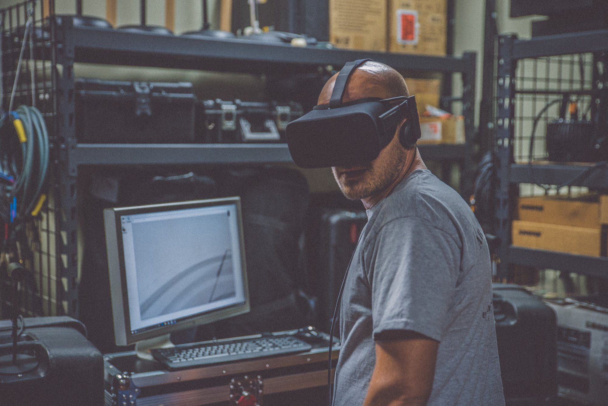 The History of Augmented and Virtual Reality (A Walkthrough from 1838 to the Present)
